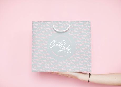 Фирменный пакет с логотипом Candy Lady